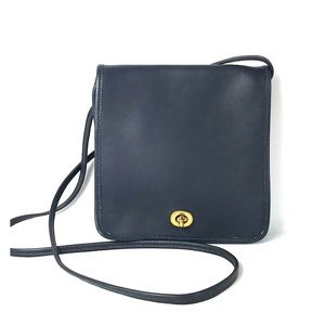 Vintage Coach Shoulder navy blue genuine leather